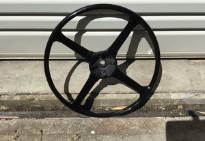 1960 JAGUAR E TYPE 16 INCH WOODRIM STEERING WHEEL For Sale