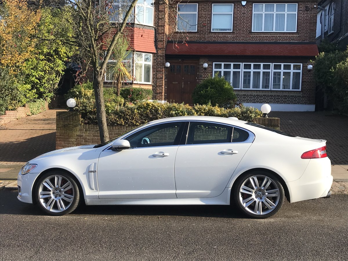 2010 Jaguar XF Supercharged 5.0 LitreV8 Immaculate For Sale (picture 2 of 6)