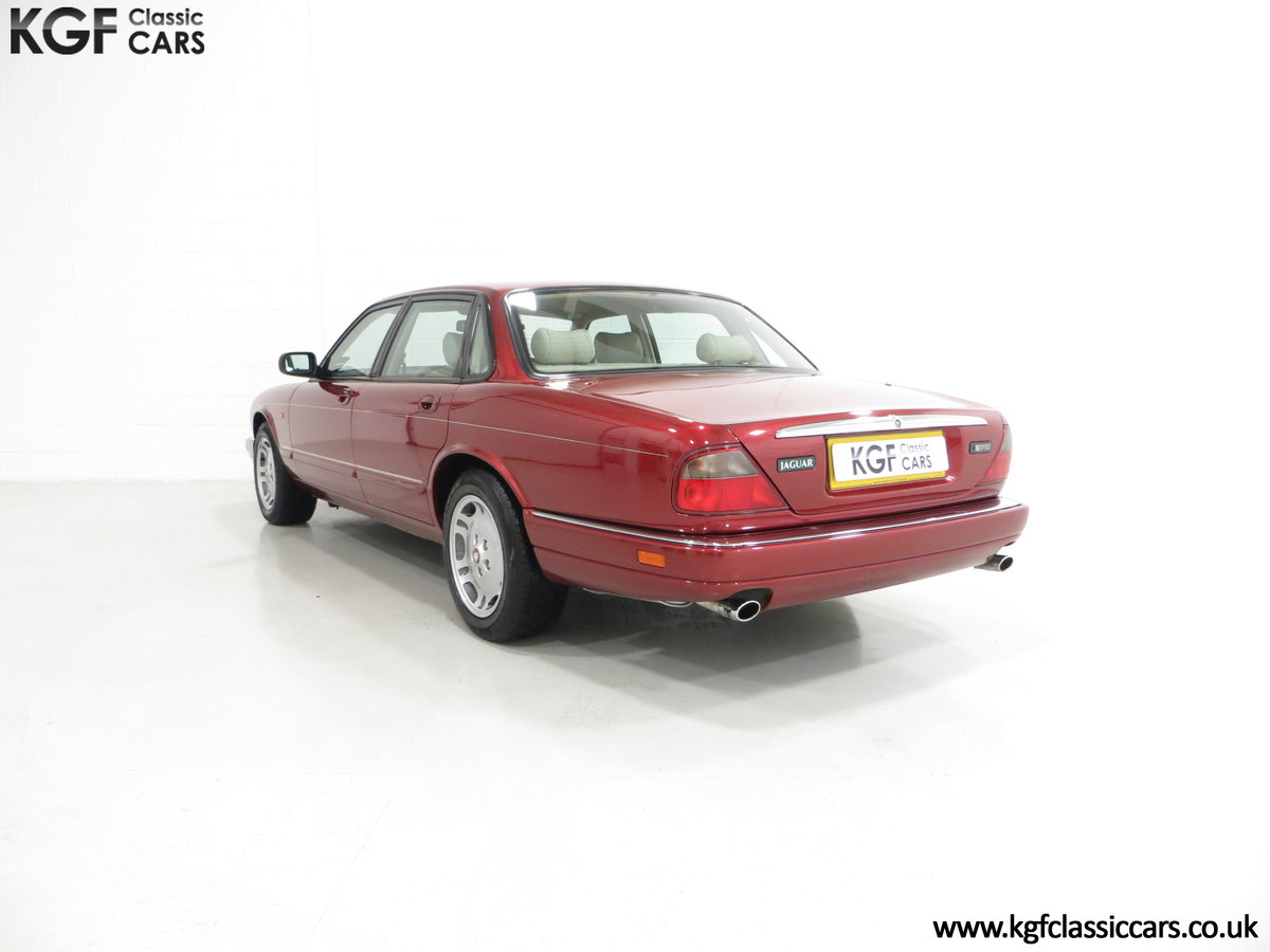 1997 Jaguar XJ6 Sport 3.2 X300 with 49,953 Miles and 18 Services SOLD (picture 4 of 6)