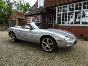 Picture of 2000 JAGUAR XKR SUPERCHARGED SOLD