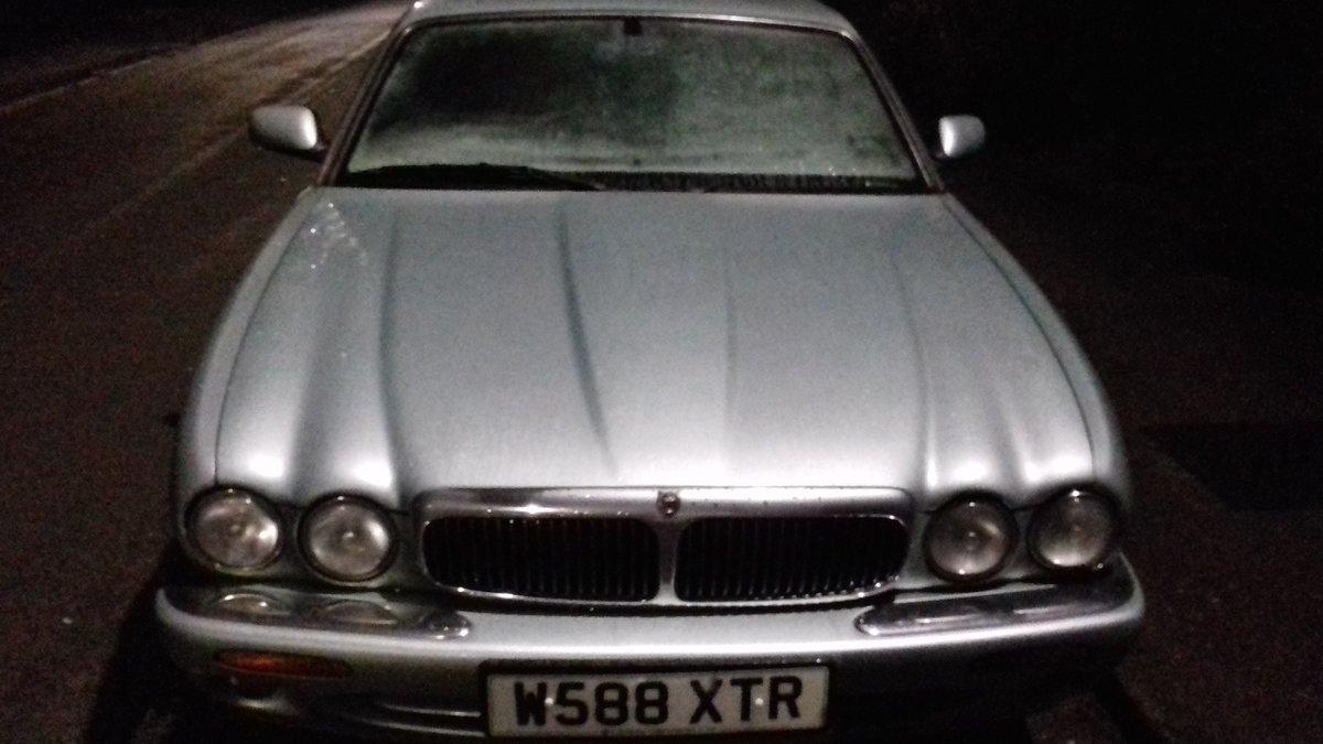 2000 Jaguar XJ8 For Sale (picture 4 of 6)