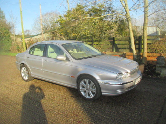 2002 AWD V6 X-type 6000 miles  from new full Jaguar history For Sale (picture 1 of 6)