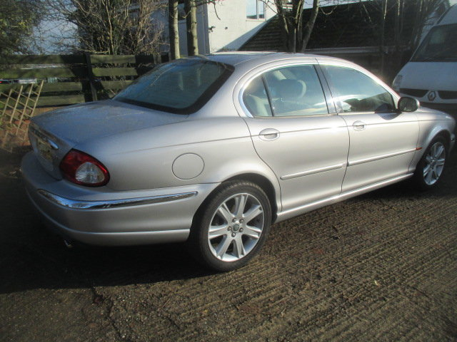 2002 AWD V6 X-type 6000 miles  from new full Jaguar history For Sale (picture 3 of 6)