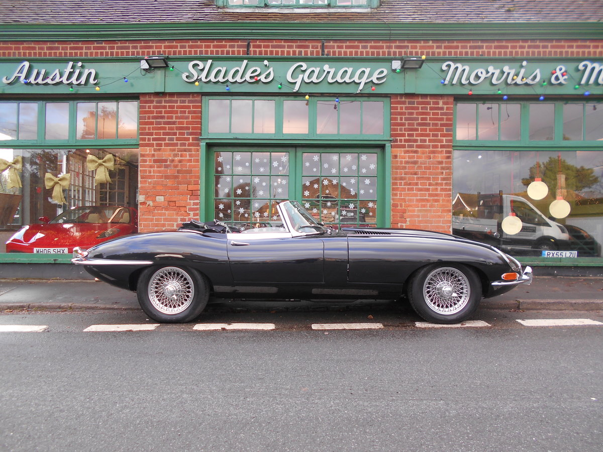 1962 Jaguar E-Type Roadster 3.8  For Sale (picture 1 of 6)