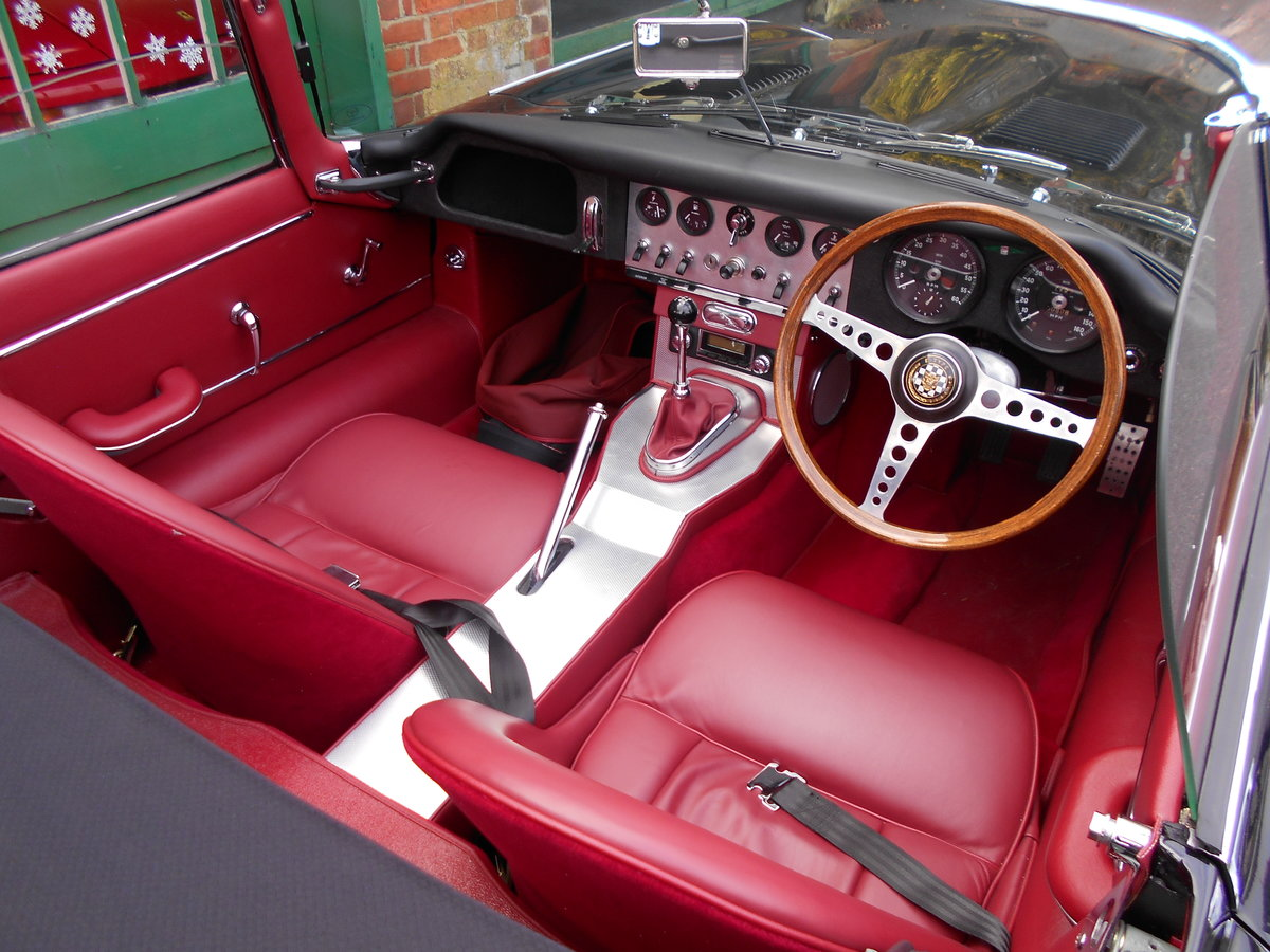 1962 Jaguar E-Type Roadster 3.8  For Sale (picture 4 of 6)