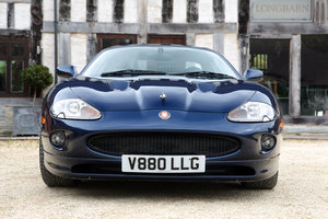 1998 Jaguar XK8 for hire by the hour or day in the Cotswolds