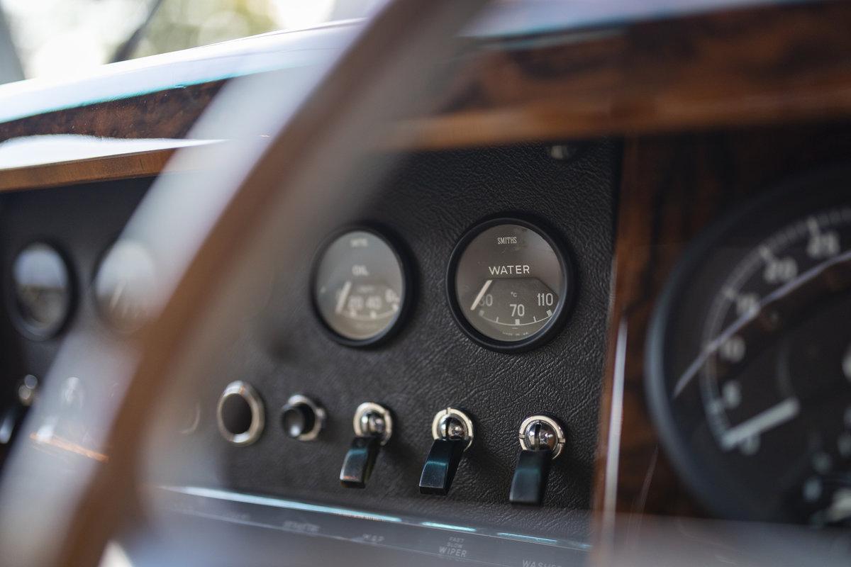 1965 Jaguar MK 2 3.8 SOLD (picture 18 of 22)