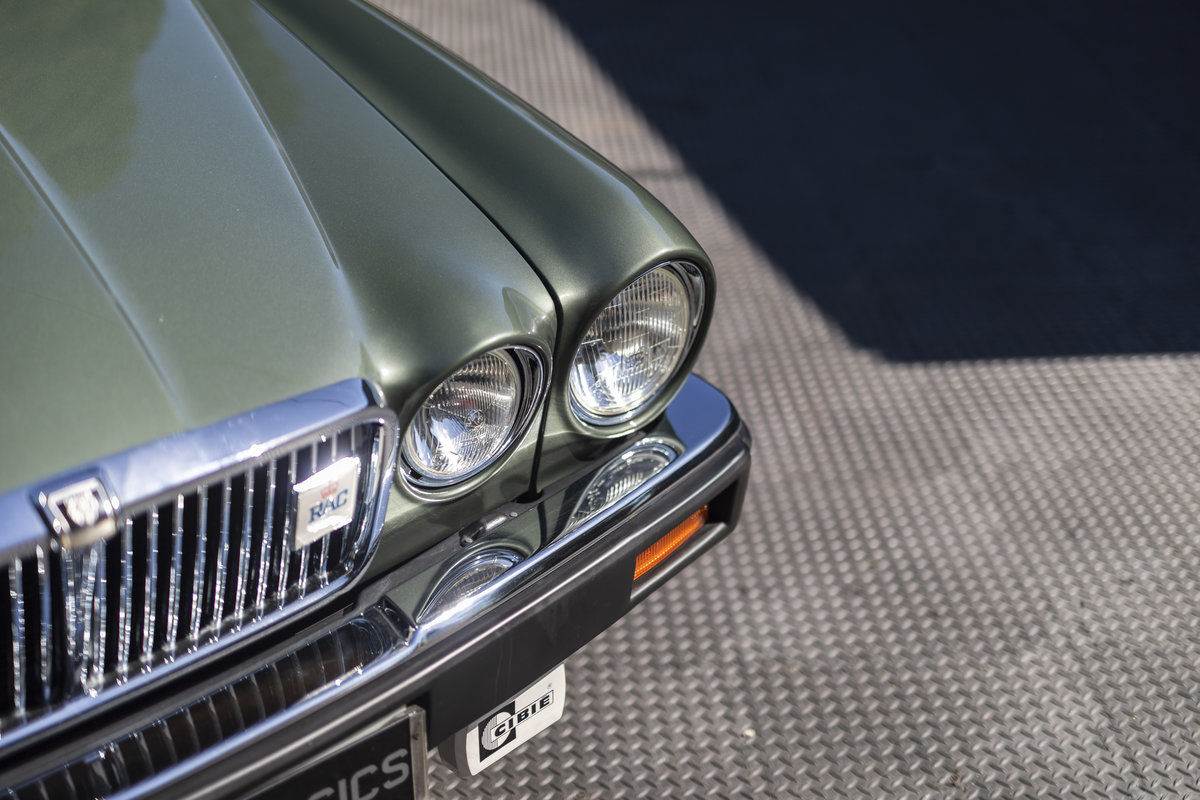 1985 JAGUAR XJ6 4.2 SERIES III, MANUAL ONLY 8200 MILES For Sale (picture 15 of 22)