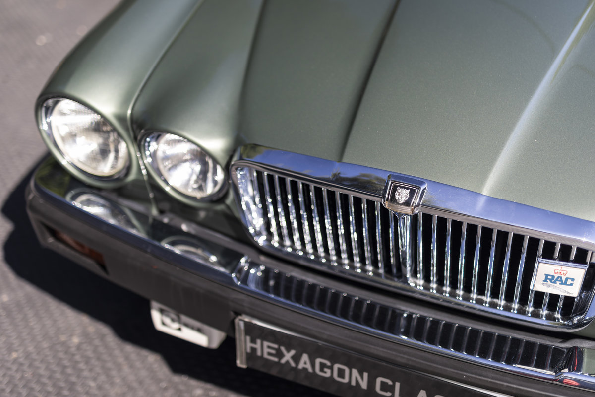 1985 JAGUAR XJ6 4.2 SERIES III, MANUAL ONLY 8200 MILES For Sale (picture 16 of 22)