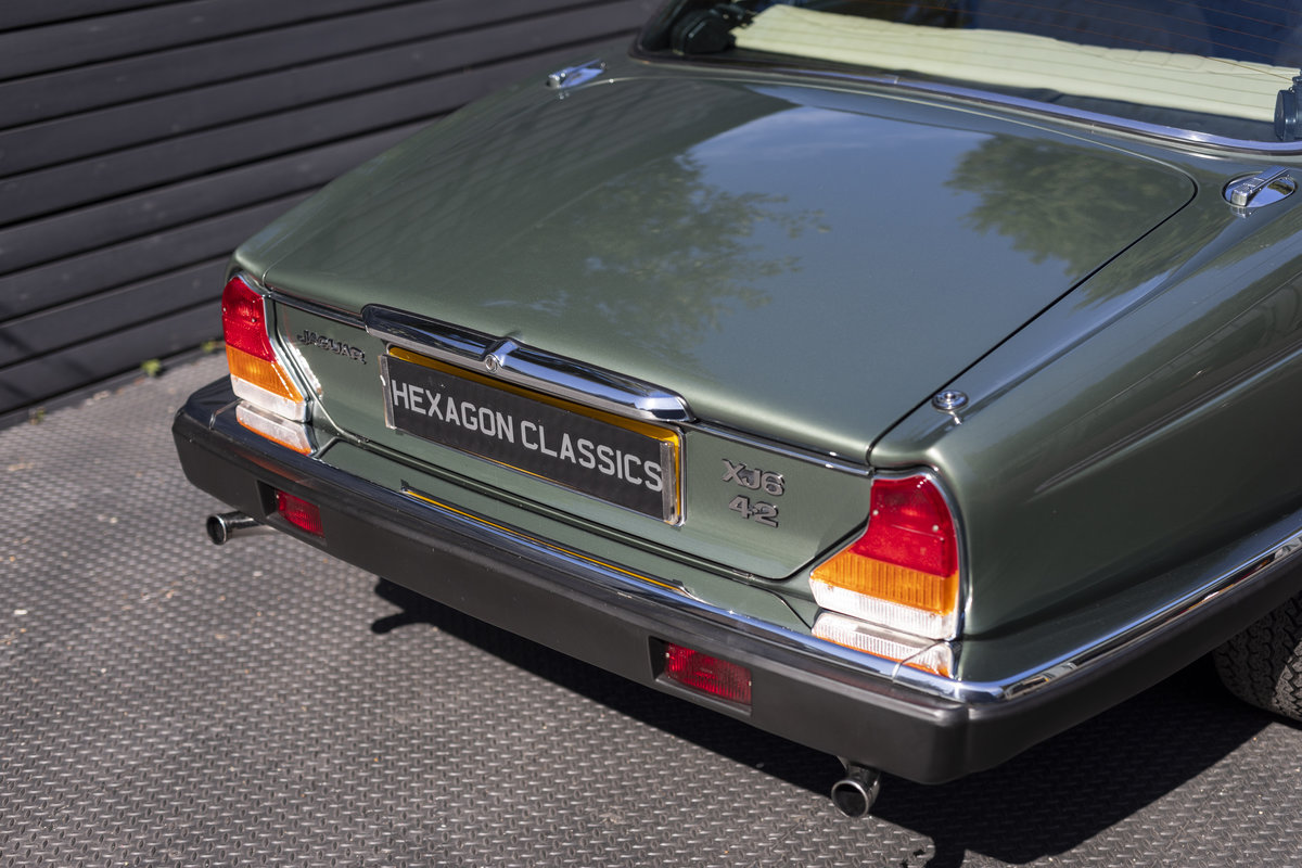 1985 JAGUAR XJ6 4.2 SERIES III, MANUAL ONLY 8200 MILES For Sale (picture 18 of 22)