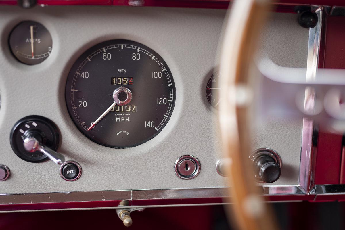 1960 JAGUAR XK150 3.8 FHC For Sale (picture 21 of 23)