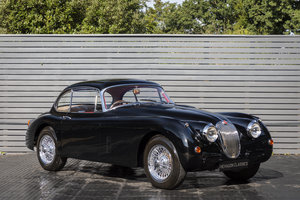 1960 JAGUAR XK150 3.8 FHC SOLD