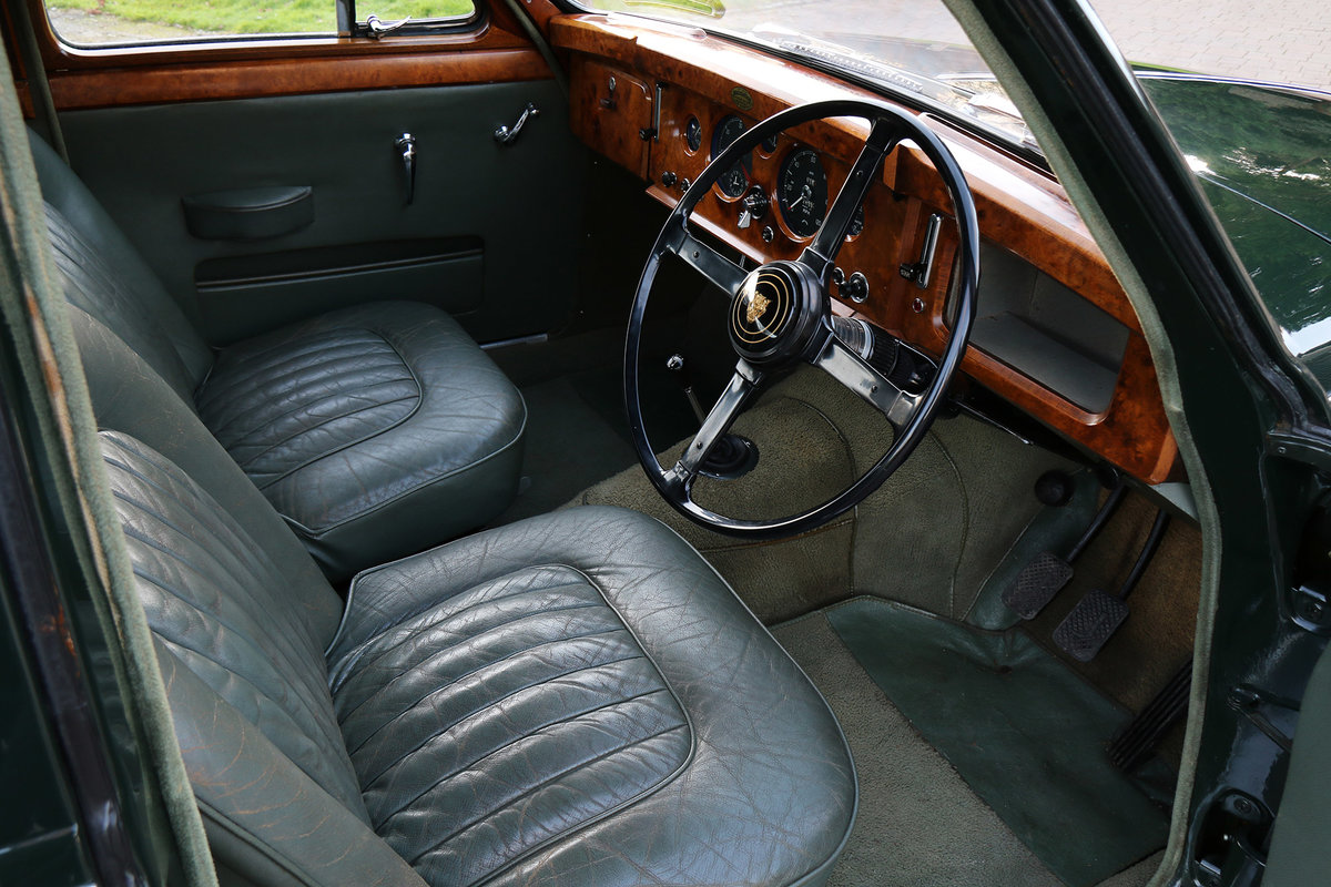 1958 Jaguar MK1 Exceptionally original with 26,553 miles from new For Sale (picture 3 of 6)