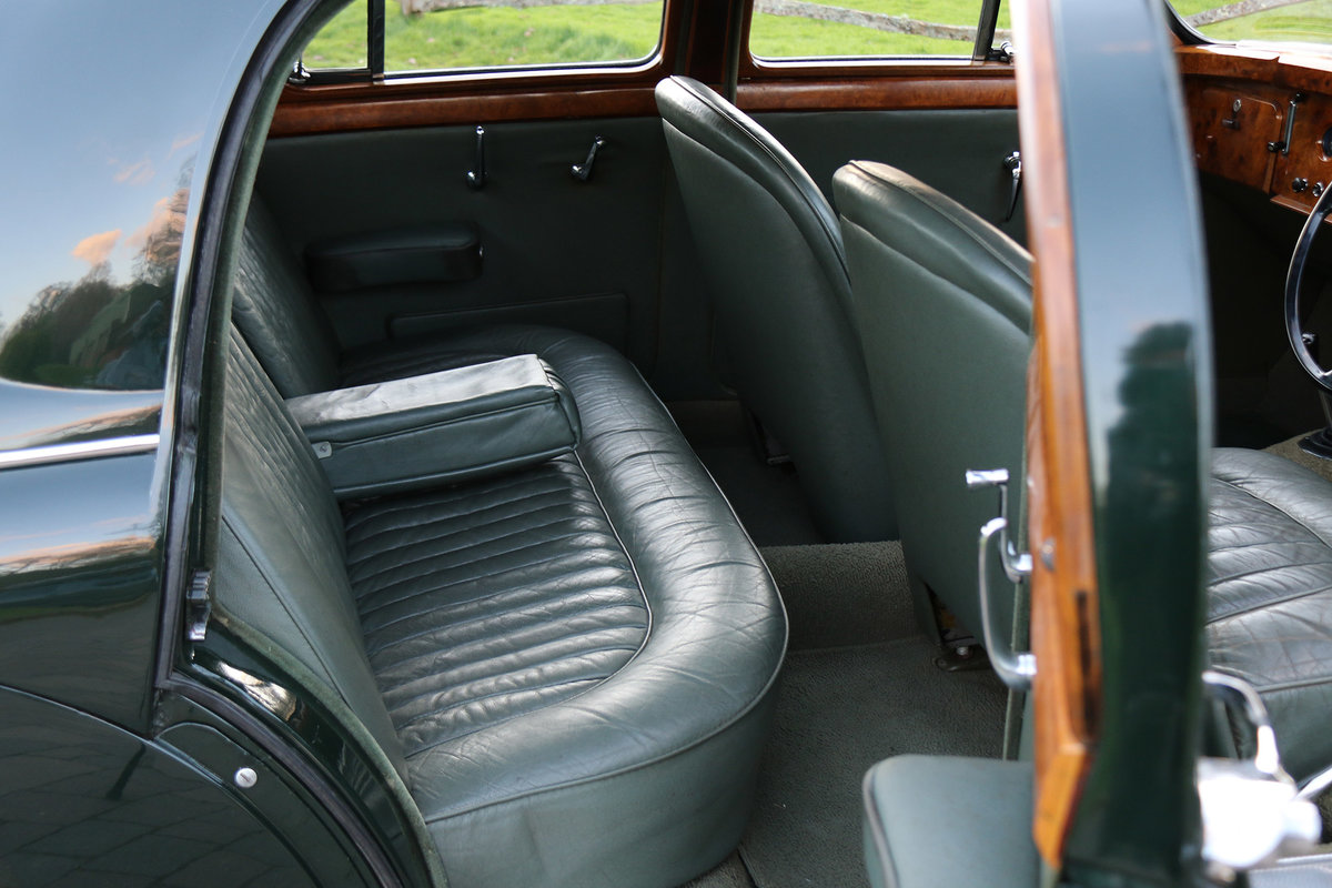 1958 Jaguar MK1 Exceptionally original with 26,553 miles from new For Sale (picture 4 of 6)