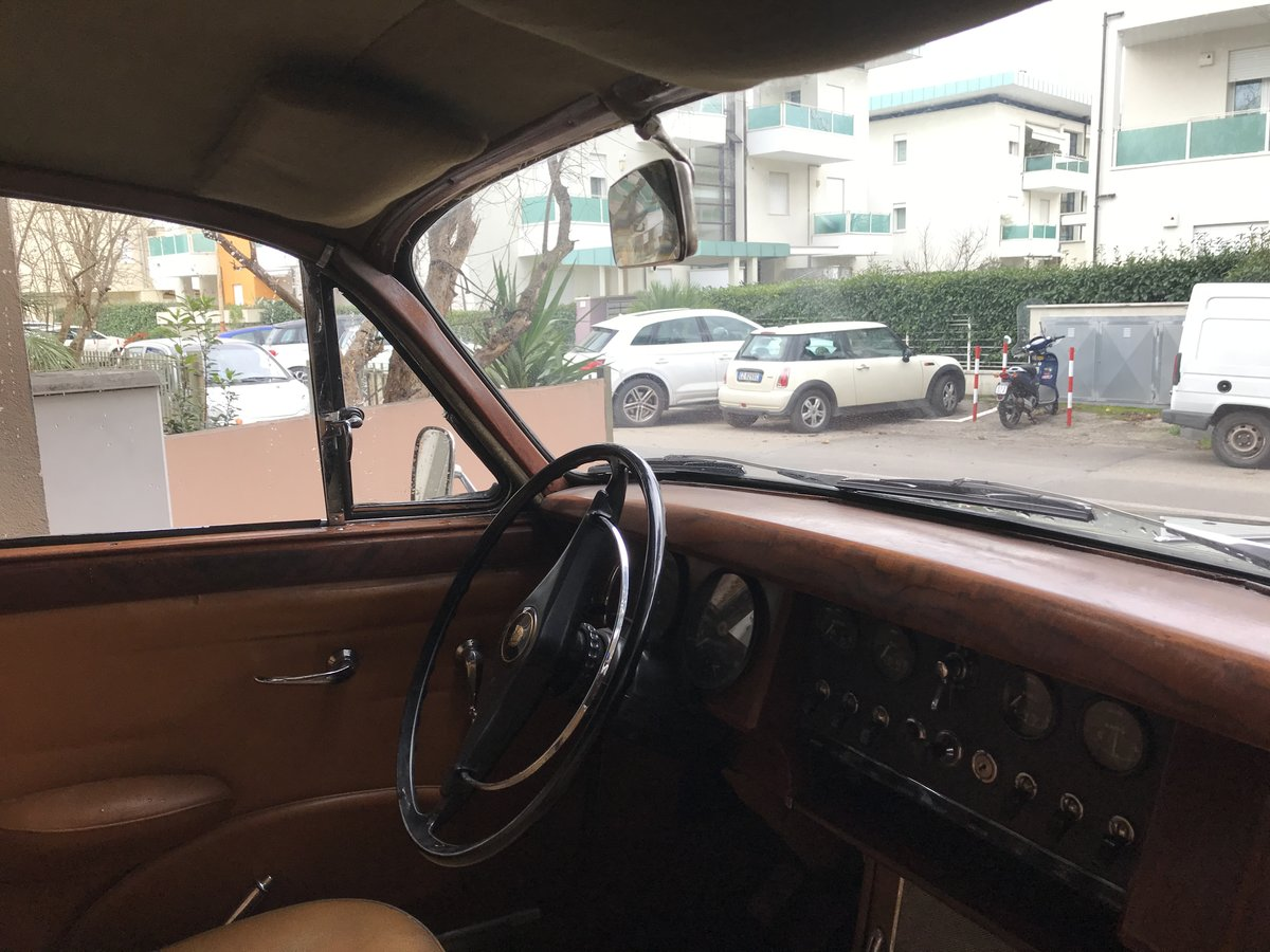 1968 Very nice original 2,4 L Jaguar Mk2 lhd For Sale (picture 5 of 6)