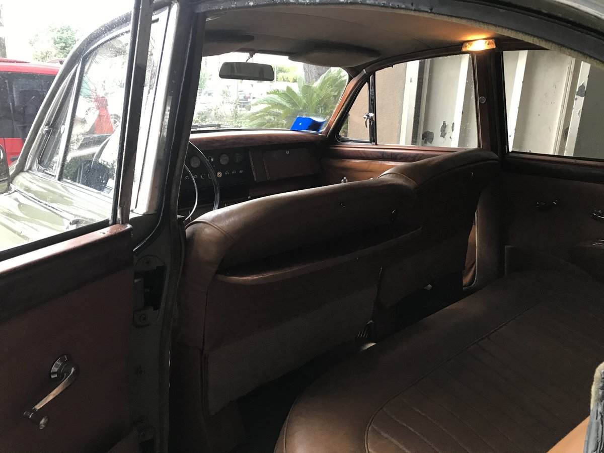 1968 Very nice original 2,4 L Jaguar Mk2 lhd For Sale (picture 6 of 6)