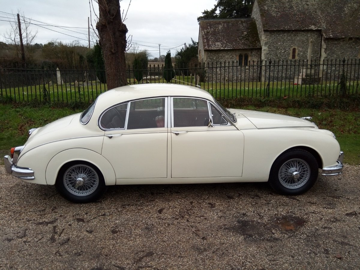 Fabulous 1961 Jaguar Mk 2 3.8 manual/overdrive SOLD (picture 2 of 6)