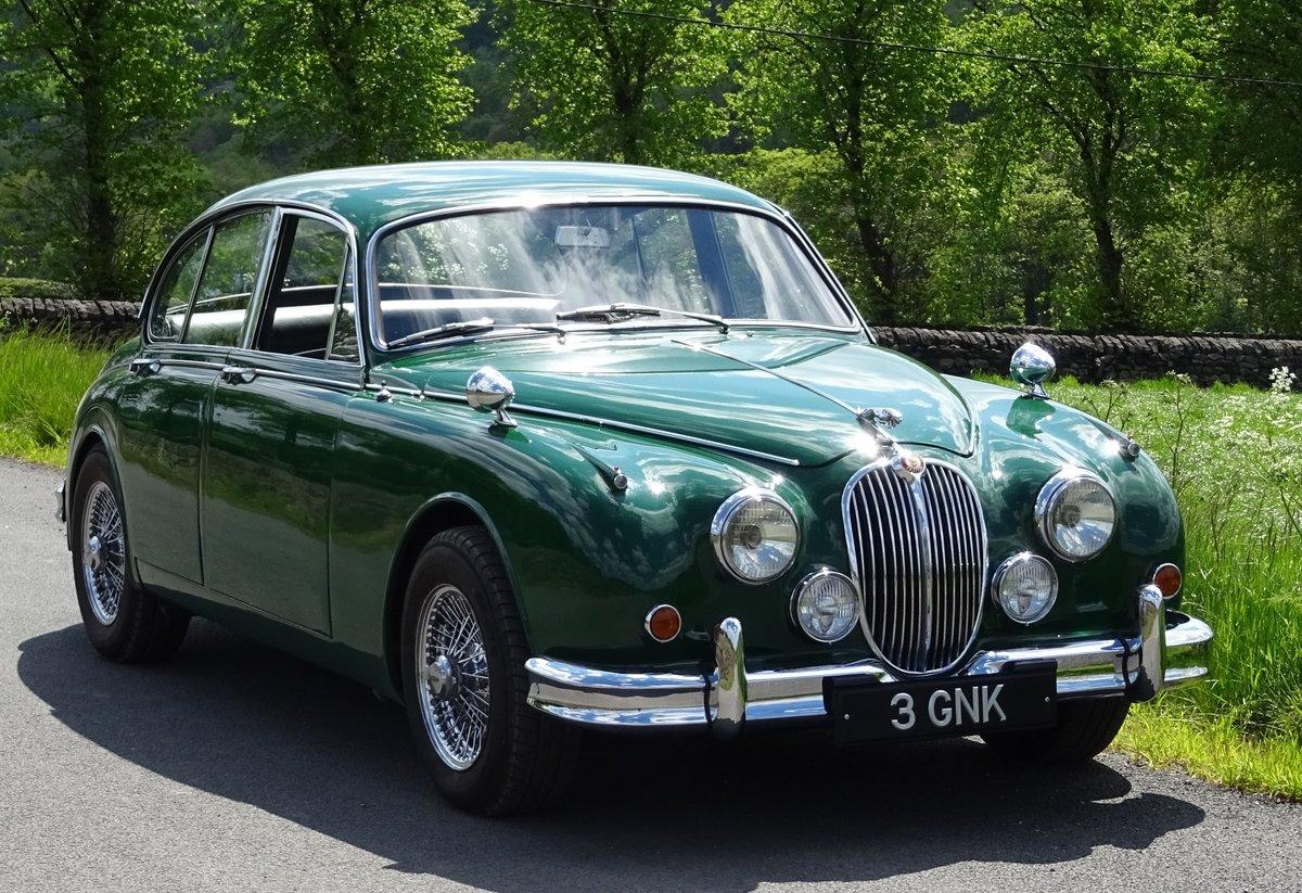 1961 JAGUAR MK2 3.8 LITRE BEAUTIFUL BRITISH CLASSIC CAR For Sale (picture 1 of 6)