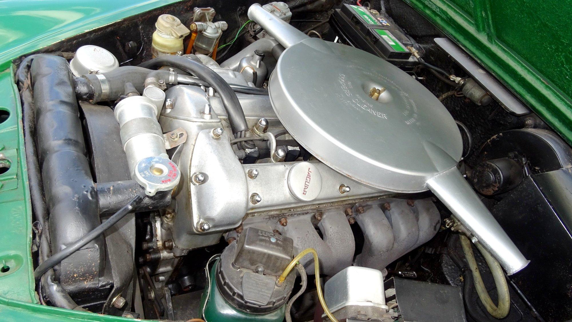 1961 JAGUAR MK2 3.8 LITRE BEAUTIFUL BRITISH CLASSIC CAR For Sale (picture 5 of 6)