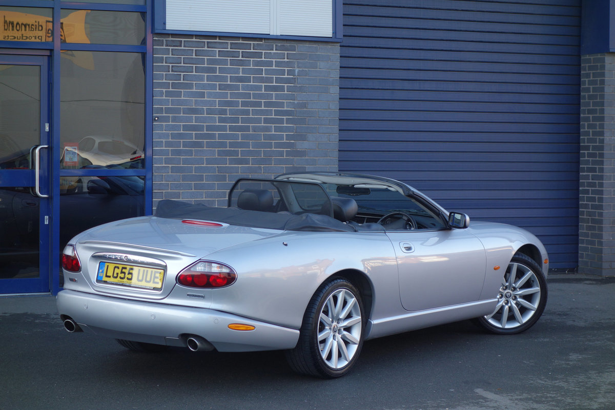 2005 Jaguar 4.2-S Convertible Final Edition Genuine Classic FSH For Sale (picture 2 of 6)