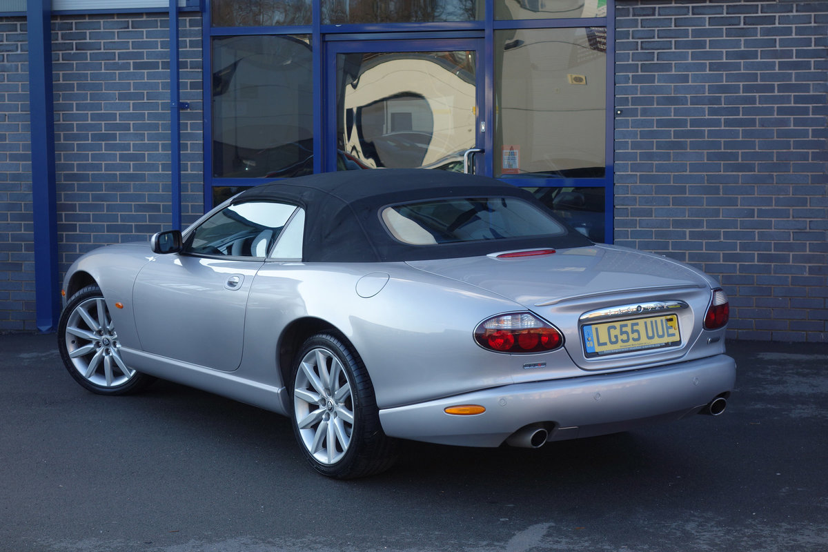 2005 Jaguar 4.2-S Convertible Final Edition Genuine Classic FSH For Sale (picture 4 of 6)