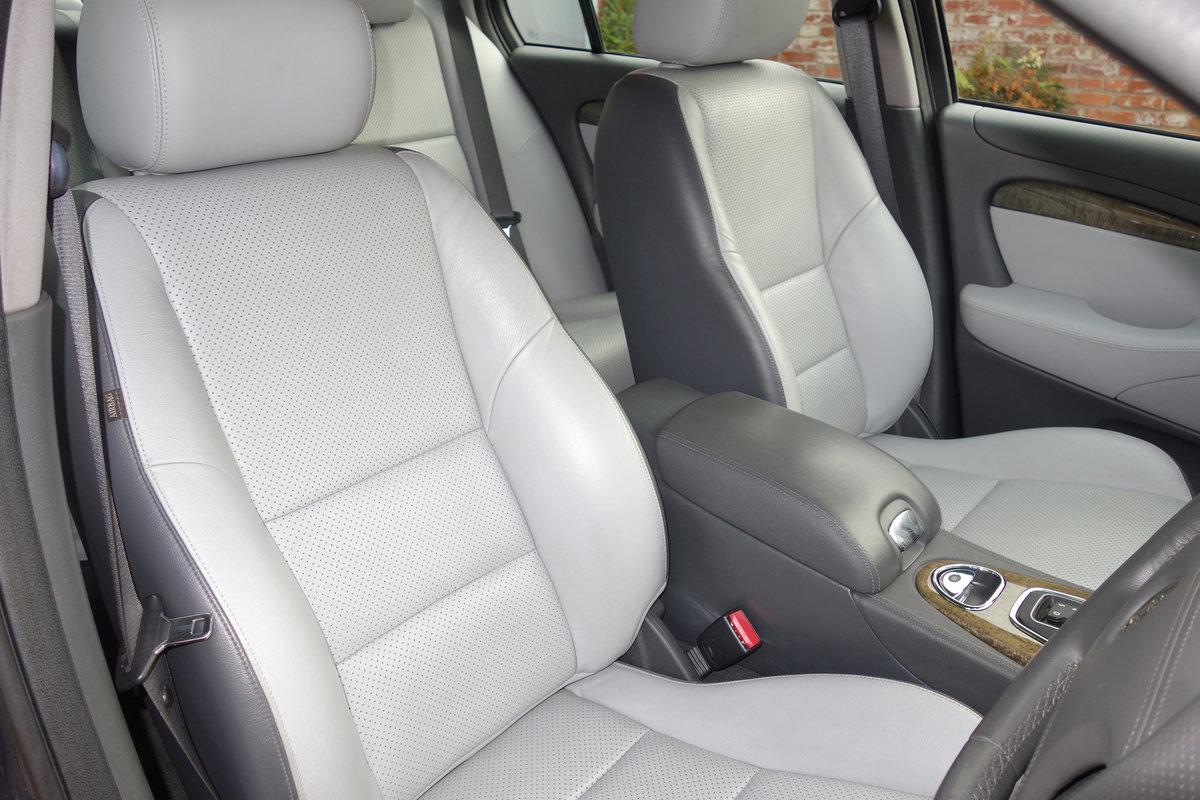 Jaguar S-Type 4.2 Sport Auto 2004/54 FSH 53000m 2005 Model For Sale (picture 5 of 6)