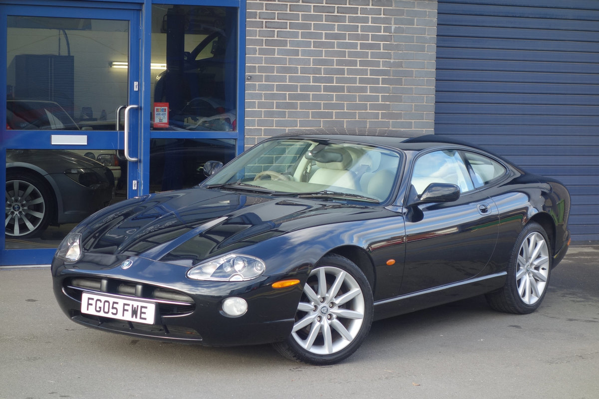 2005 Jaguar 4.2 Coupe Superb Classic FSH Big Spec, Only 47700m For Sale (picture 1 of 6)