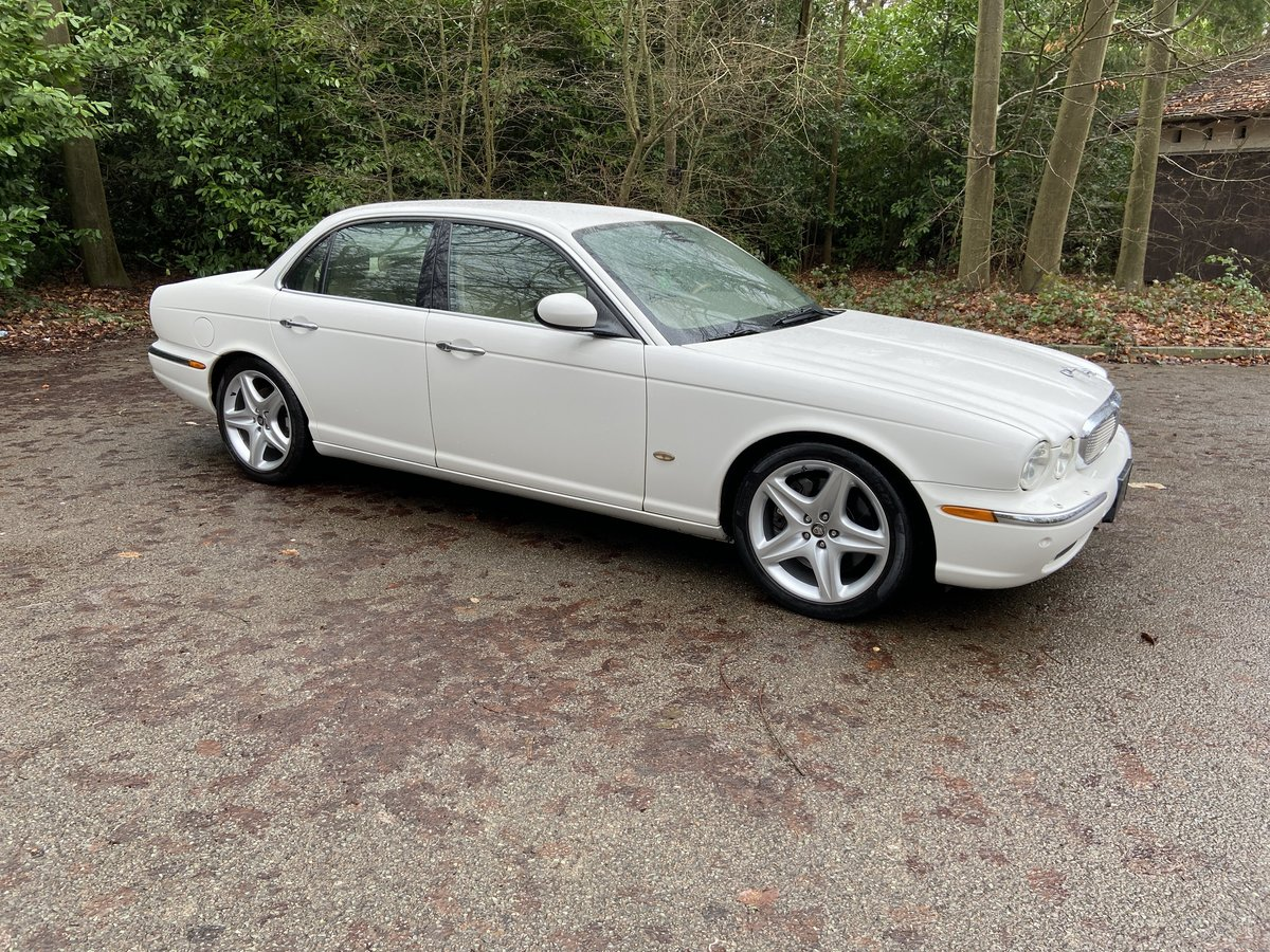 Jaguar Sovereign SUPERCHARGED 4.2 SWB 2006 LHD For Sale (picture 1 of 6)