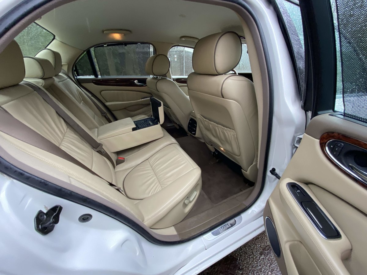 Jaguar Sovereign SUPERCHARGED 4.2 SWB 2006 LHD For Sale (picture 6 of 6)