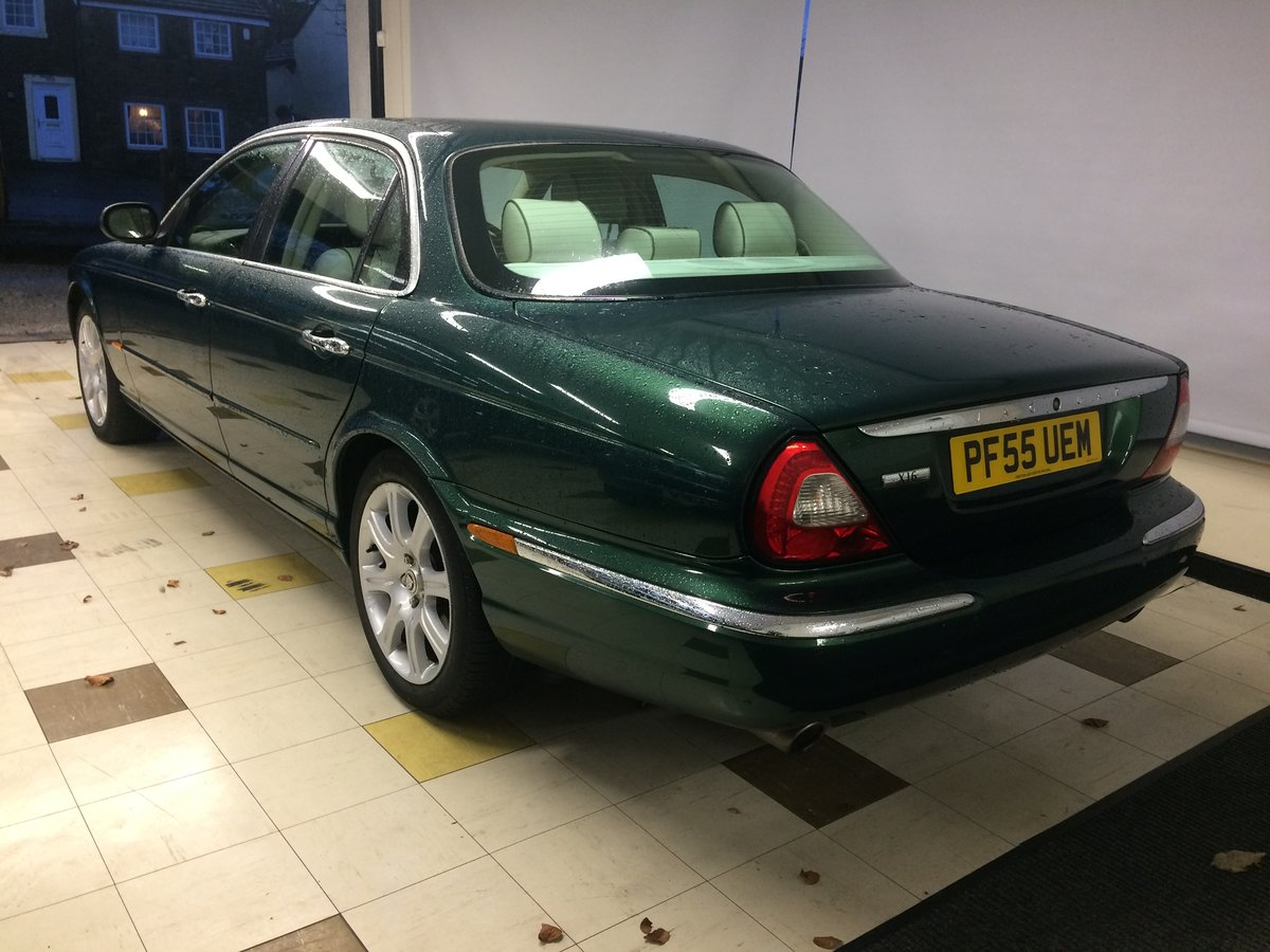 2005 STUNNING! JAGUAR XJ6 3.0 SE Auto. Only 65000mls FSH (Low tax For Sale (picture 3 of 6)