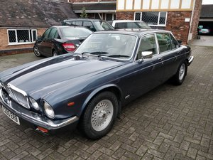 Jaguar XJ V12 sovereign 49000!