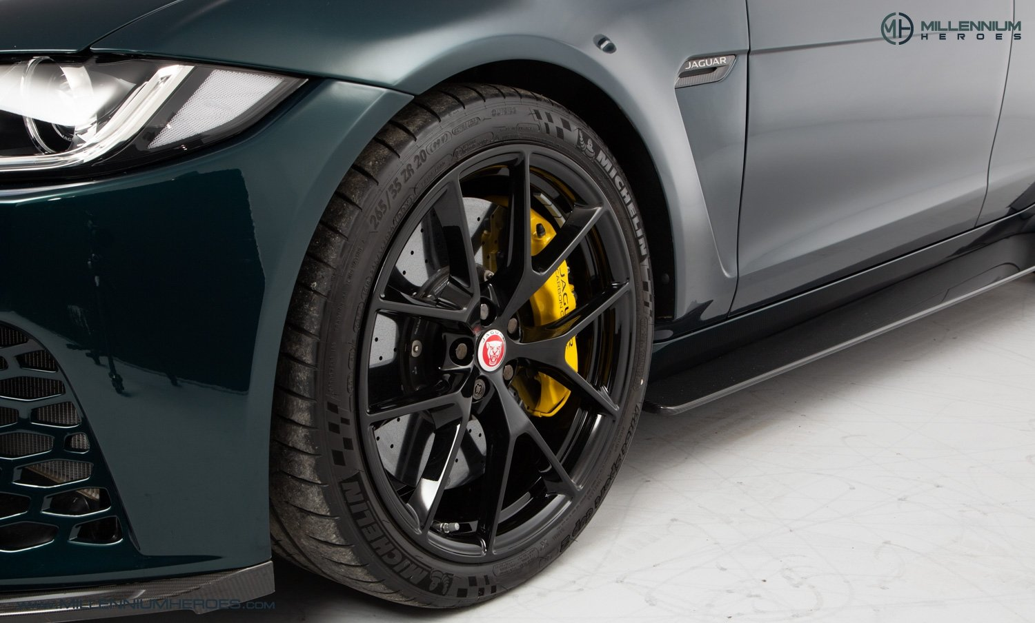 2019 JAGUAR XE SV PROJECT 8 // 1 OF 300 // 1K MILES // 1 OWNER  For Sale (picture 21 of 24)