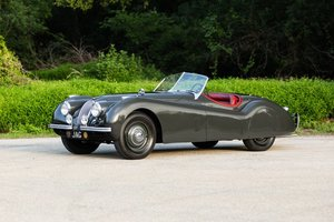 1952 Jaguar XK120 Roadster clean and solid driver Grey(~)Red For Sale