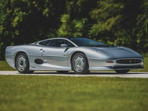 Jaguar Xj220 For Sale >> Classic Jaguar Xj220s For Sale Car And Classic