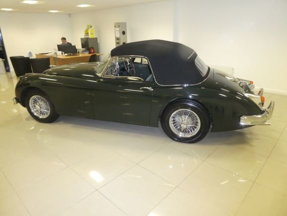 1960 Jaguar XK150s Genuine RHD one of only 68 For Sale (picture 2 of 6)