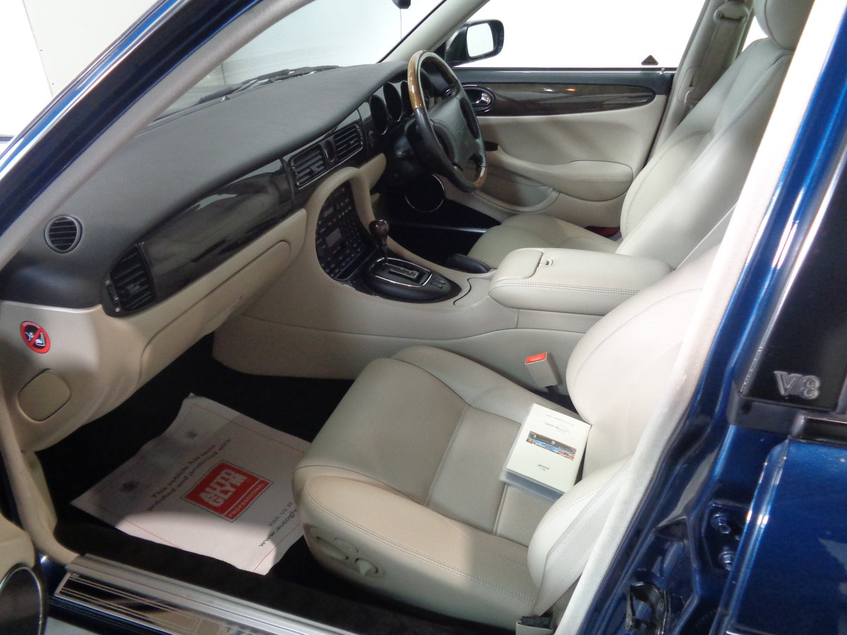 1998 Xjr supercharger - 31,000 miles from new !! For Sale (picture 4 of 6)