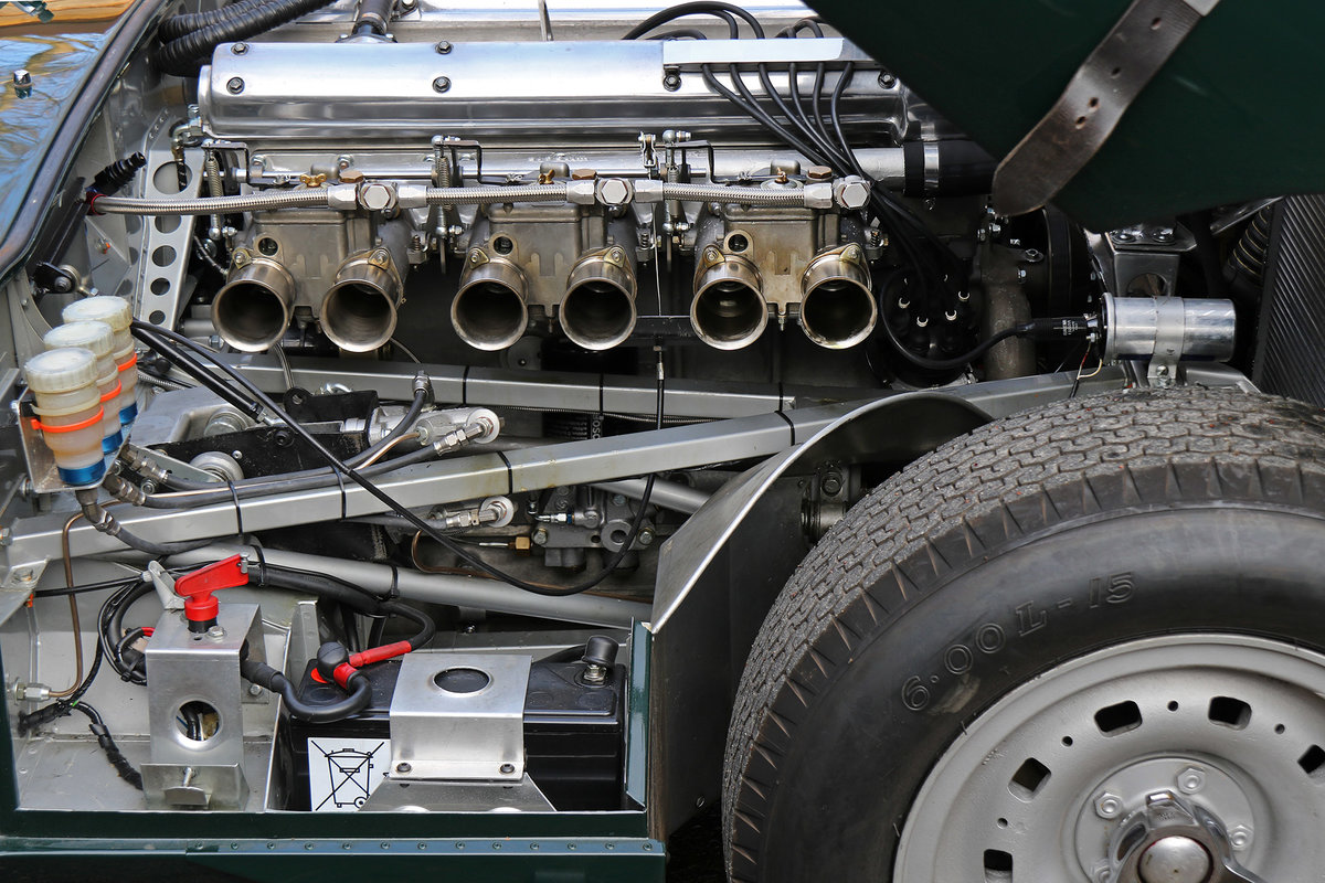 1961 Jaguar E-Type Lightweight with excellent history and spec For Sale (picture 6 of 6)