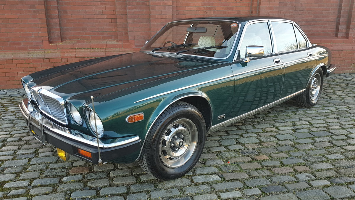 1981 JAGUAR XJ6 SERIES 3 4.2 STRAIGHT SIX * INVESTABLE CLASSIC CA For Sale (picture 1 of 6)