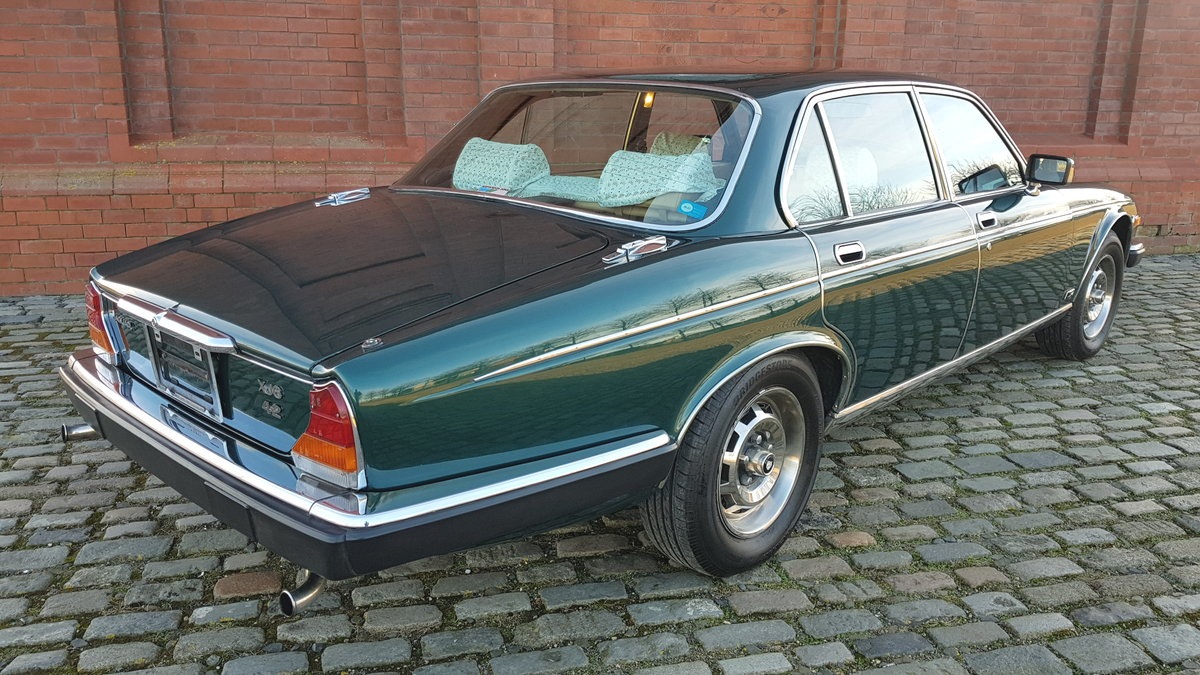 1981 JAGUAR XJ6 SERIES 3 4.2 STRAIGHT SIX * INVESTABLE CLASSIC CA For Sale (picture 2 of 6)