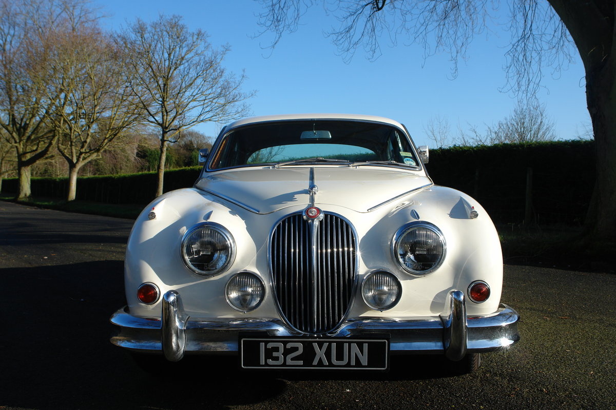 1962 Jaguar Mark II 1969 LHD 3.8l MOD / Overdrive  For Sale (picture 3 of 6)