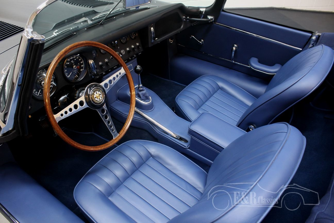 Jaguar E-Type S1 Cabriolet 1965 Top restored For Sale (picture 3 of 6)