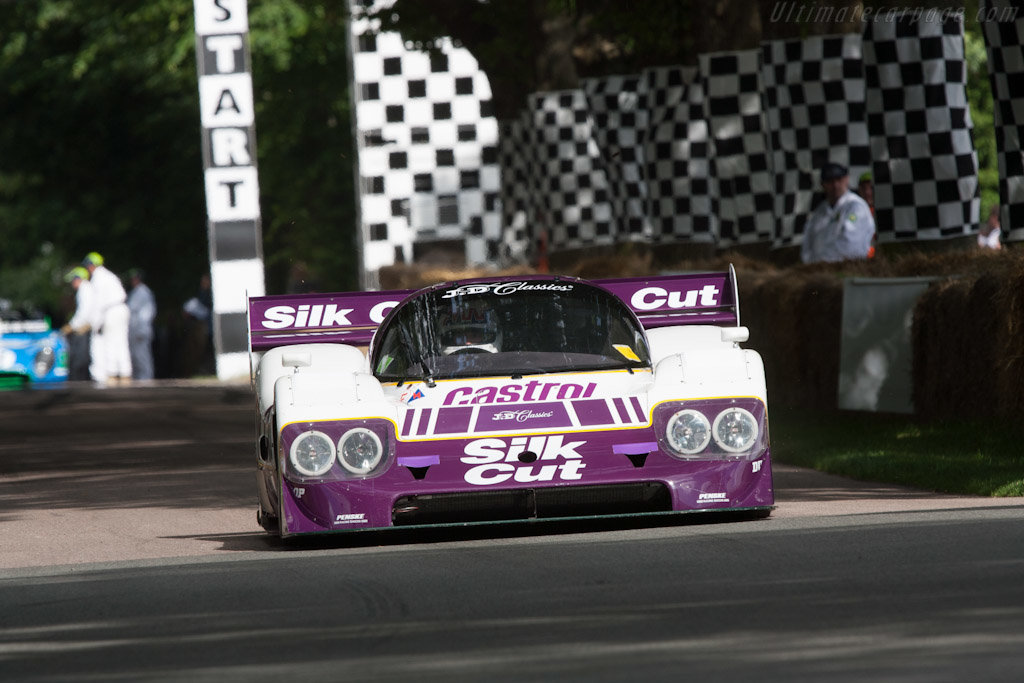 1989 Jaguar XJR 11- Chassis Number: 590 For Sale by Auction (picture 5 of 6)