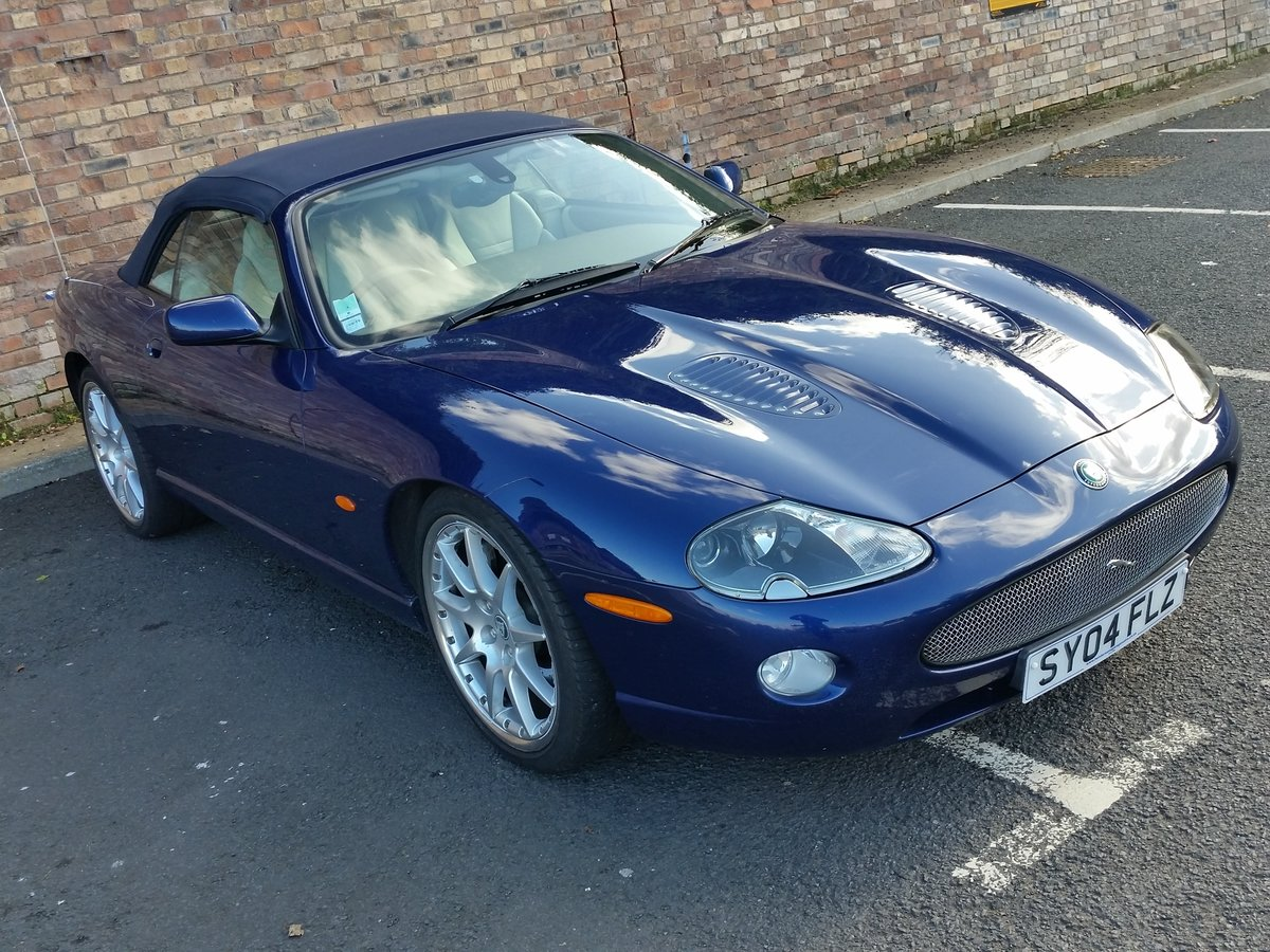 2004 Jaguar XKR 4.2 Supercharged Convertible - Immaculate For Sale (picture 4 of 6)