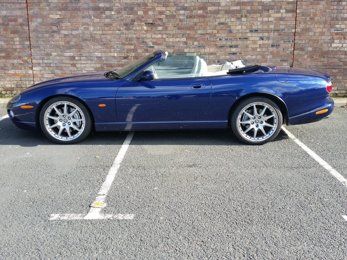 2004 Jaguar XKR 4.2 Supercharged Convertible - Immaculate For Sale (picture 5 of 6)