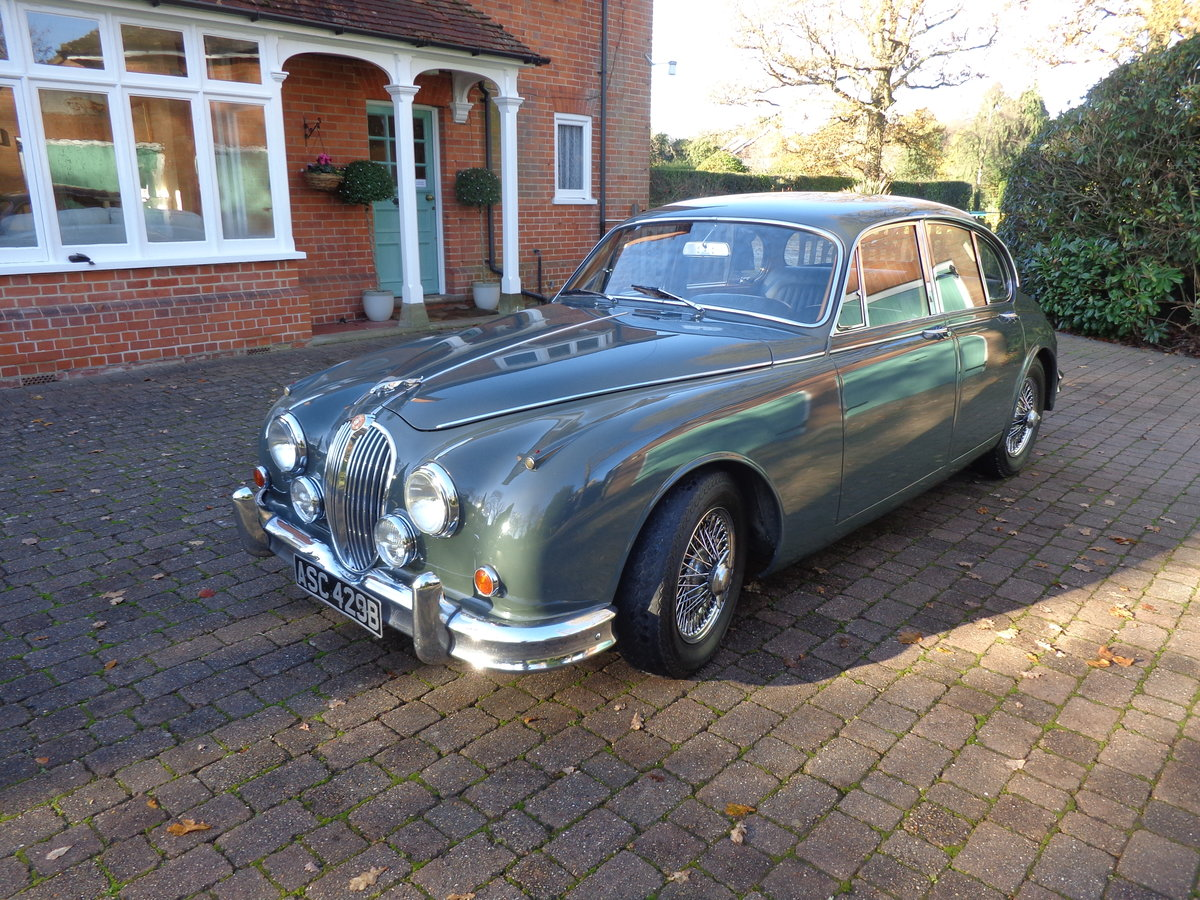 1964 A REALLY GOOD, ORIGINAL JAGUAR MK 2, 3.4 MOD WITH PAS. For Sale (picture 1 of 6)