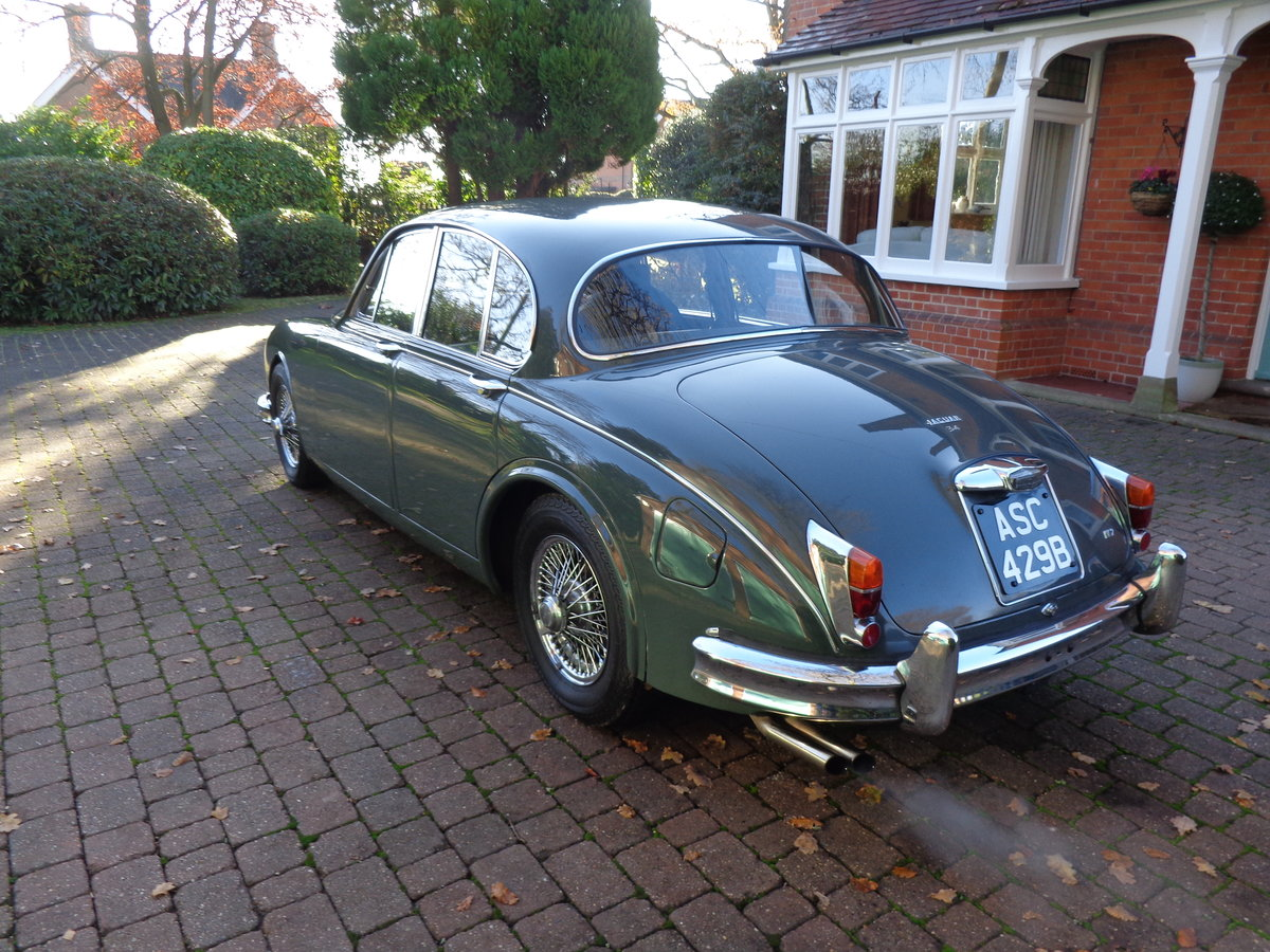 1964 A REALLY GOOD, ORIGINAL JAGUAR MK 2, 3.4 MOD WITH PAS. For Sale (picture 2 of 6)