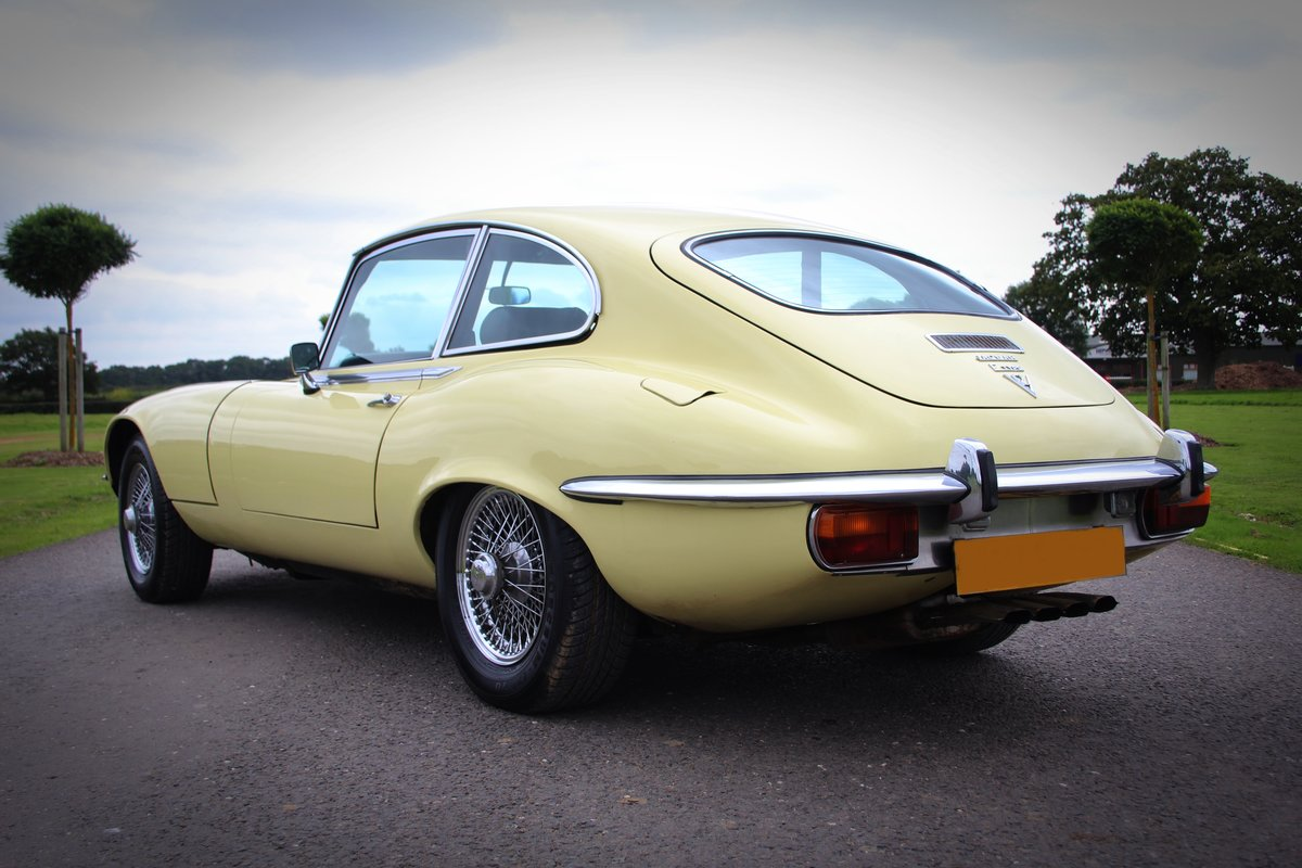 1973 Jaguar E-type Series III Fixed Head Coupe. For Sale (picture 4 of 5)