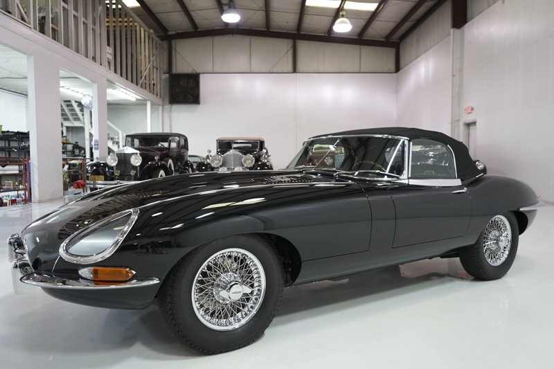 1966 Jaguar E-Type Series I 4.2-Litre Roadster For Sale (picture 2 of 6)