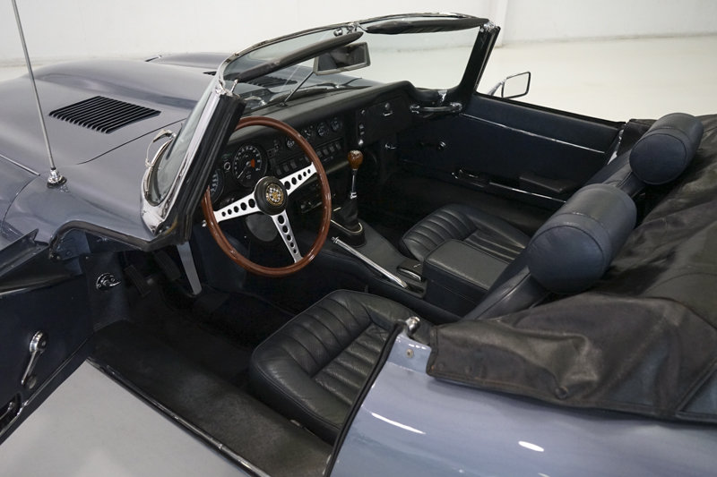 1969 Jaguar E-Type Series II 4.2-Litre Roadster For Sale (picture 2 of 6)