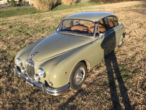 Very nice original 2,4 L Jaguar Mk2 lhd